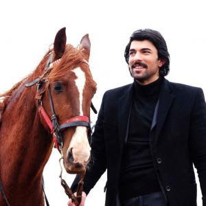 Engin Akyurek as Mustafa Bulut in Beyond the Clouds (Bir Bulut Olsam) Turkish Drama