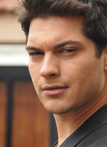 çağatay ulusoy turkish actor