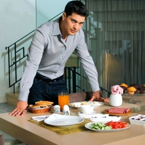 cagatay ulusoy dinner