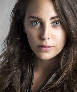 Oyku Karayel Actress
