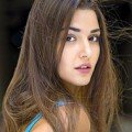 Hande Ercel Turkish Actress Featured Photo