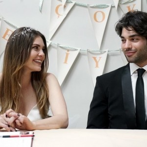 sukru ozyildiz and asli enver married in winter sun tv series