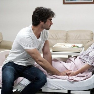 sukru ozyildiz in hospital for winter sun tv series