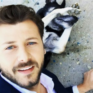 Umit Ibrahim Kantarcilar and dog selfy