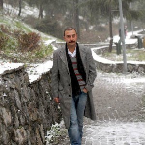 Hakan Yilmaz walking winter