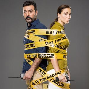 Mustafa Ustundag and Ceyda Duvenci (Askin Kanunu Tv Series)